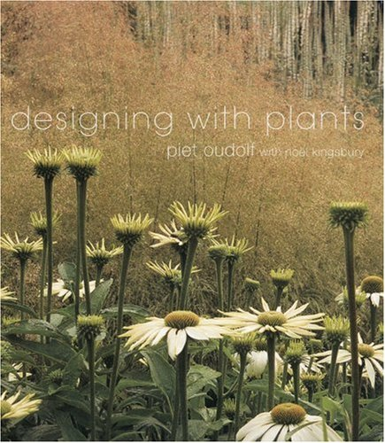 9780881924374: Designing with Plants