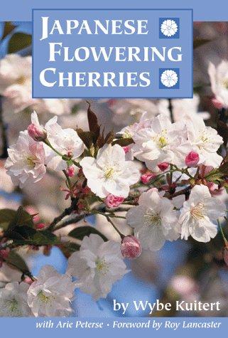9780881924688: Japanese Flowering Cherries