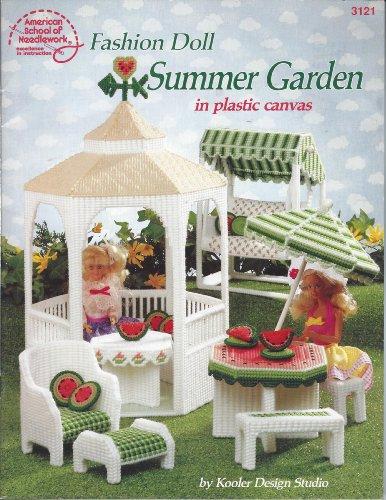 9780881954982: Fashion Doll Summer Garden in Plastic Canvas (# 3121)