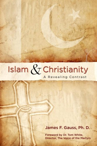 9780882706115: Islam And Christianity: A Revealing Contrast