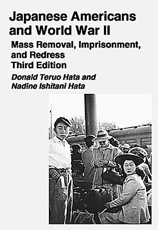 9780882952482: Japanese Americans And World War II: Mass Removal, Imprisonment And Redress