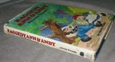 9780883656617: Raggedy Ann and Andy the First Treasury