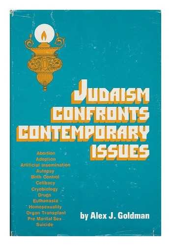 9780884000563: Judaism confronts contemporary issues