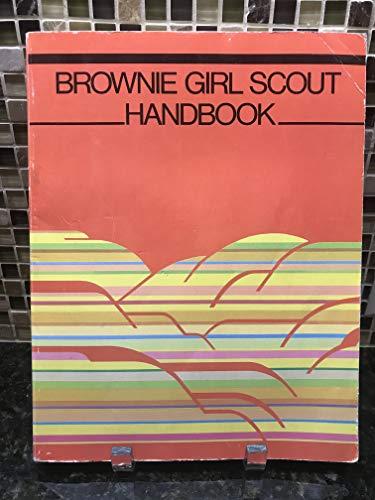 9780884413370: Brownie Girl Scout handbook