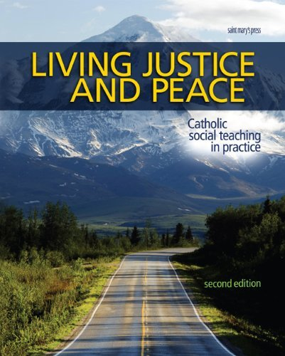9780884899853: Living Justice and Peace (2008): Catholic Social Teaching in Practice, Second Edition
