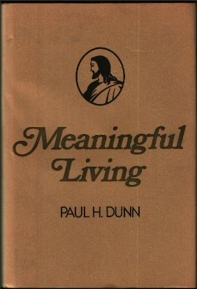 9780884941699: Meaningful Living