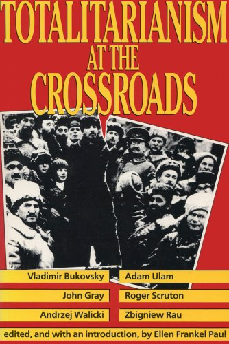9780887388507: Totalitarianism at the Crossroads (Traffic Safety Series)