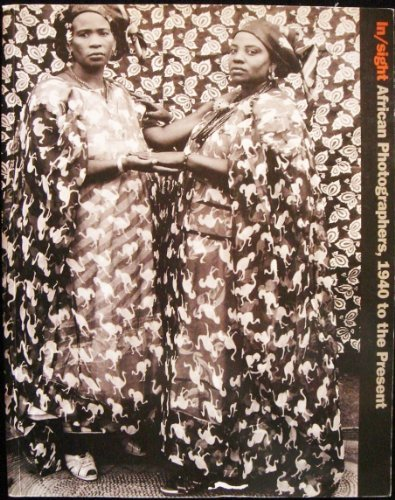 9780892071692: In/sight: African photographers, 1940 to the present