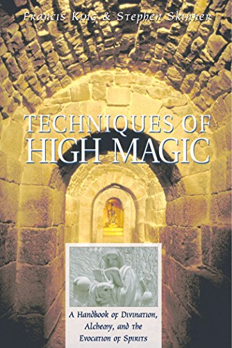 9780892818181: Techniques of High Magic: A Handbook of Divination, Alchemy, and the Evocation of Spirits