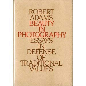9780893810870: Beauty in Photography: Essays in Defense of Traditional Values