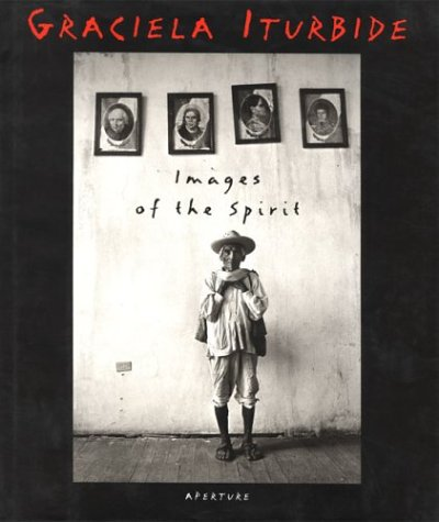 9780893816810: Images of the Spirit