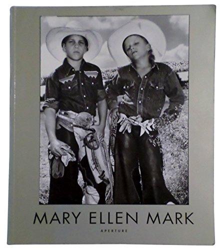 9780893818876: Mary Ellen Mark: American Odyssey, 1963-1999