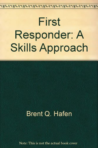 9780895822123: First Responder: A Skills Approach