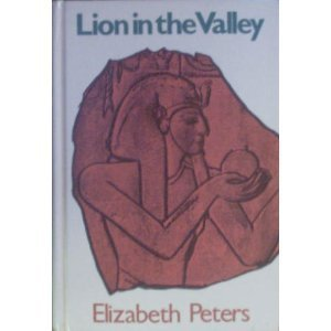 9780896217300: Lion in the Valley: An Amelia Peabody Mystery