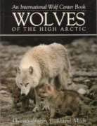9780896582224: Wolves of the High Arctic