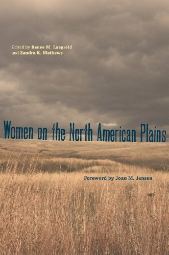 9780896727335: Women on the North American Plains (Plains Histories)