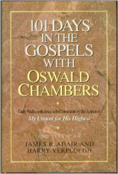 9780896931206: 101 Days in the Gospels With Oswald Chambers: Including Selections from the Gospels Interwoven in the Words of the New International Version by