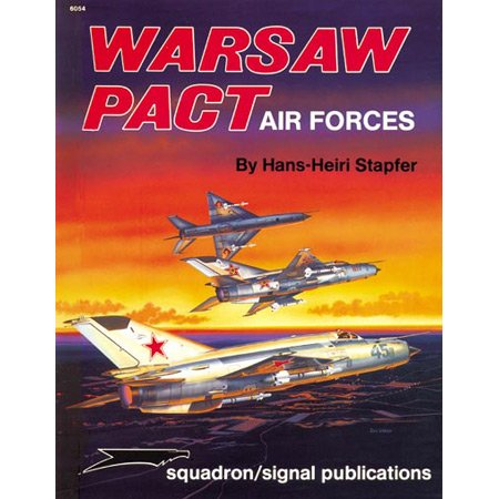 9780897472661: Warsaw Pact Air Forces - Specials series (6054)