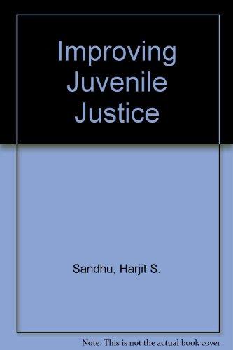 9780898850338: Improving Juvenile Justice