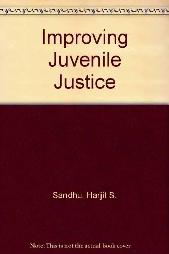 9780898850444: Improving Juvenile Justice