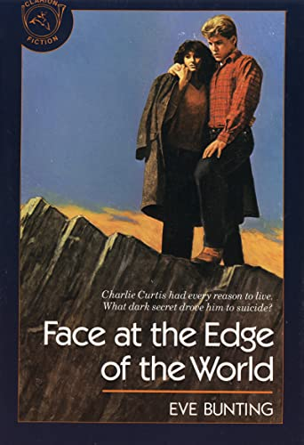9780899198002: Face at the Edge of the World (Clarion Fiction)