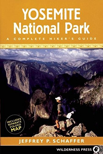 9780899973838: Yosemite National Park: A Complete Hiker's Guide