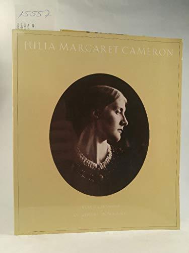 Julia Margaret Cameron: Her Life and Photographic Work Gernsheim, Helmut - Gernsheim, Helmut