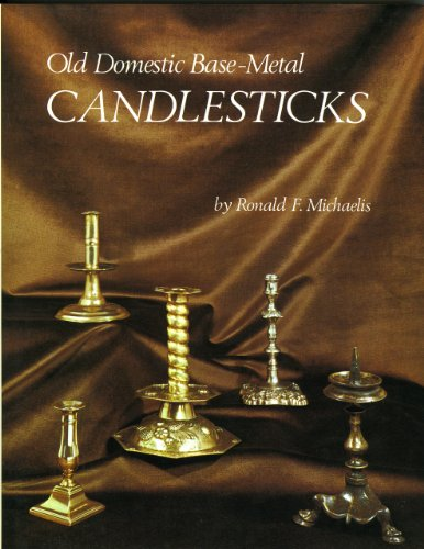 9780902028272: Old Domestic Base Métal Candlesticks /Anglais