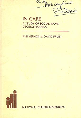 9780902817258: In Care: Study of Social Work Decision Making