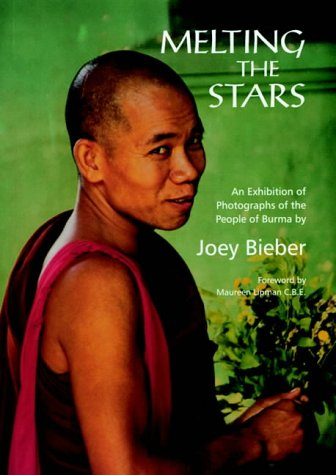 9780903432696: Melting the Stars: Photographs of the People of Burma