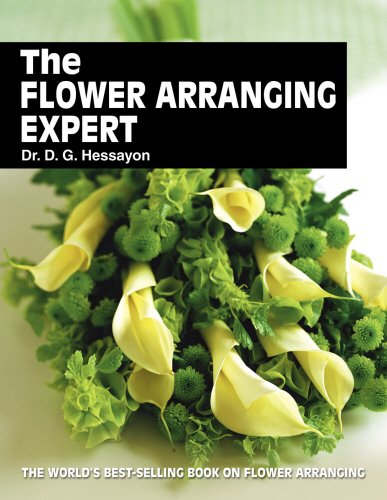 9780903505413: The Flower Arranging Expert