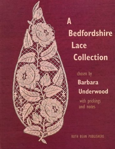 9780903585286: A Bedfordshire Lace Collection