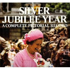9780904681567: Silver Jubilee Year: A Complete Pictorial Record