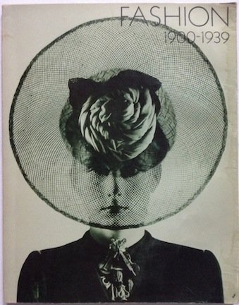 9780905093017: Fashion, 1900-1939: [catalogue of] a Scottish Arts Council exhibition with the support of the Victoria and Albert Museum
