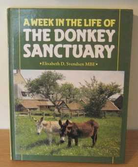 9780905483610: Week in the Life of the Donkey Sanctuary