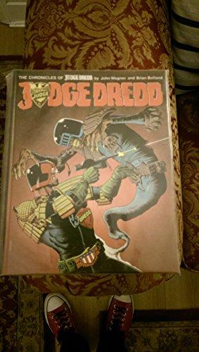 9780907610083: Judge Dredd: Bk. 1 (Chronicles of Judge Dredd)
