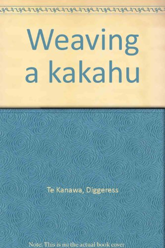 9780908912087: Weaving a kakahu