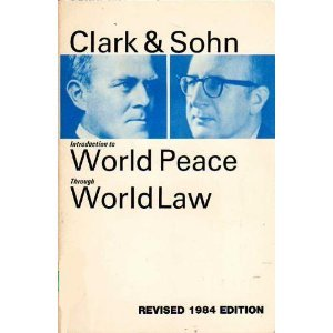 9780912018188: Introduction to World Peace Through World Law (Modern Classics of Peace Series)