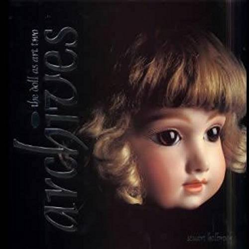 9780912823539: Archives: The doll as art two