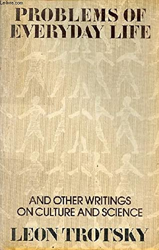 9780913460146: Problems of Everyday Life: And Other Writings on Culture & Science