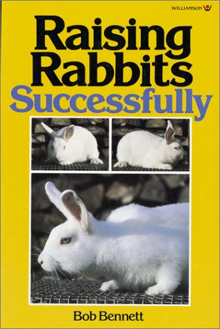9780913589038: Raising Rabbits Successfully