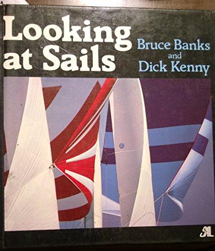 9780914814214: Looking at Sails