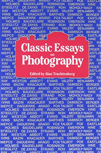 9780918172082: Classic Essays on Photography
