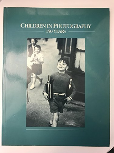 9780920668689: Children in Photography 150 Years