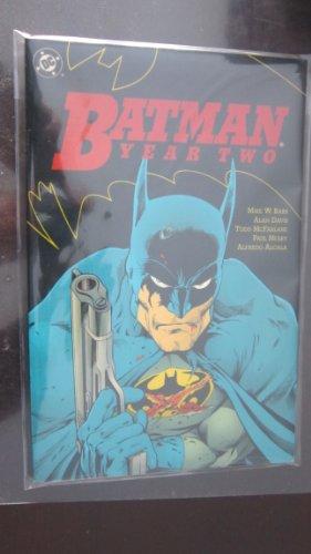 9780930289492: Batman: Year Two