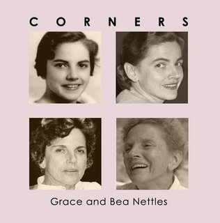 9780930810146: Corners: Grace and Bea Nettles