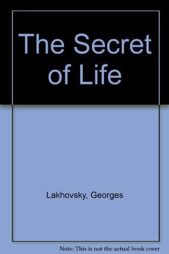 9780932298867: The Secret of Life