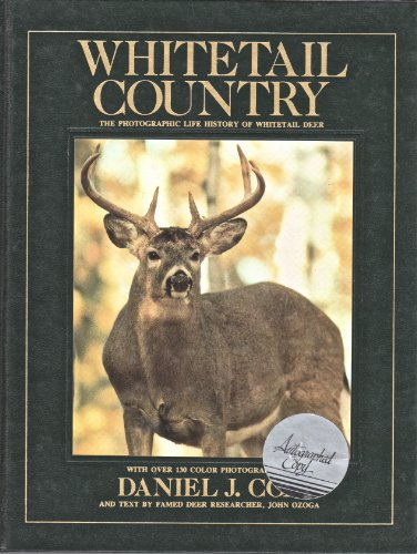 9780932558435: Whitetail country: With 130 Color Photographs (The Photographic Life History of Whitetail Dear)
