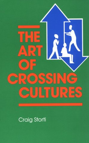 9780933662858: The Art of Crossing Cultures