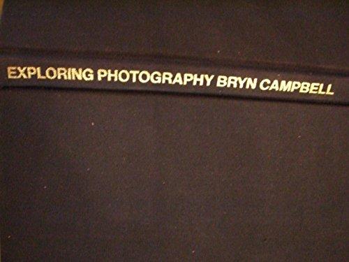 9780933920019: Exploring Photography